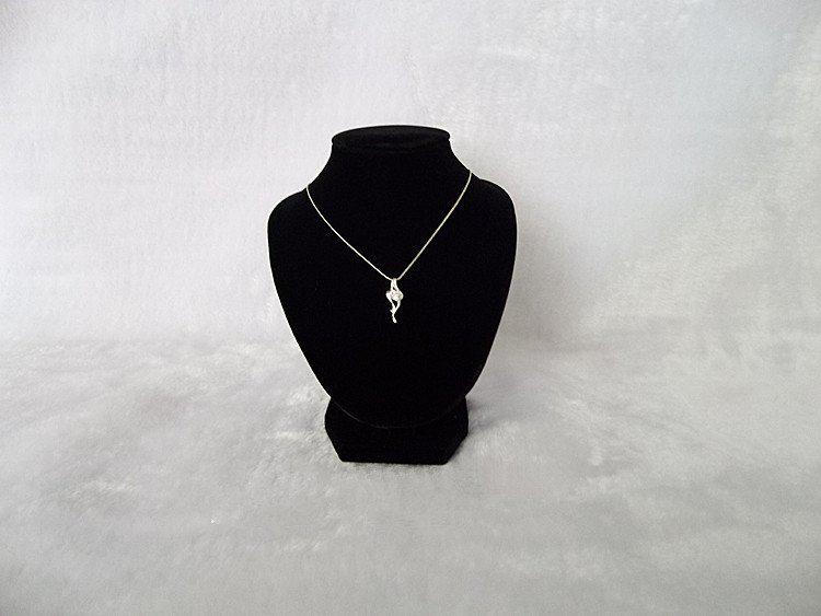 Jewelry Display Necklace Stand Mannequins Black Velvet 18cm Height Small Bust Wholesale