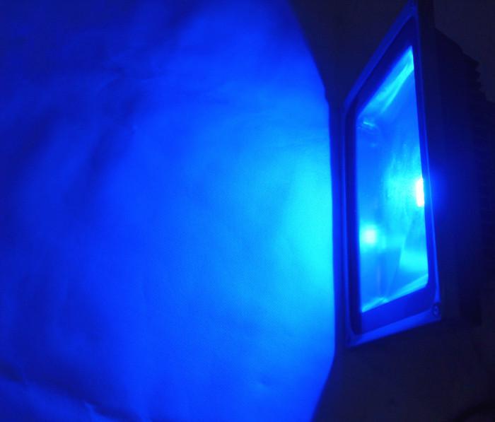 RGBの色の変更LEDの洪水ライトランプ30W AC 85-265V屋外の防水IP65照明30ワットの壁の洗浄プロジェクトランプのフラッドライト4ピース/ロット