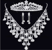Wholesale Gift Comb Set - Fashion diamond Crystal Tiaras crown Earrings Necklace Bridal Jewelry Sets Crown combs Hair Accessories Wedding Party Charm Jewelry Set