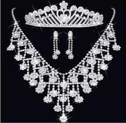 Wholesale Celtic Wedding Tiara - Fashion diamond Crystal Tiaras crown Earrings Necklace Bridal Jewelry Sets Crown combs Hair Accessories Wedding Party Charm Jewelry Set
