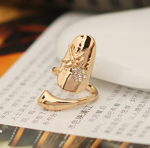Exquisite Cute Retro Queen Dragonfly Design Rhinestone Plum Snake Gold/Silver Ring Finger Nail Rings
