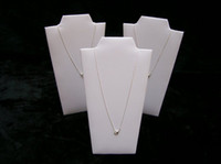 Vente en gros 6PCS / SET Necklace Display Collier Stands White leatherette Jewelry Small Moldel Display Props