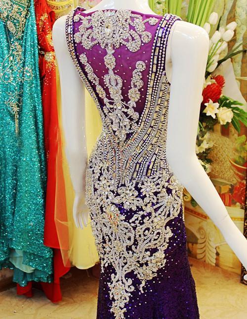 Zarte 2019 Designer bodenlangen Perlen Kristall Meerjungfrau Schatz Roter Teppich Abendkleider / Ballkleider Xi50
