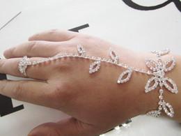 Браслет из стразы из стразы онлайн-Hotsale листья горный хрусталь браслет, раб ручной цепи с палец кольцо и расширитель цепи, 1шт свободный корабль
