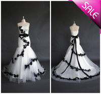 Wholesale Buy Black Mermaid Dress - Fit and Flare Black lace applique Wedding dress Vintage mermaid wedding dresses, Bridal wedding gowns Buy 1 get free necklace TK050