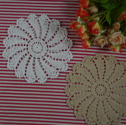 $enCountryForm.capitalKeyWord Canada - Free Shipping Handmade Crochet Doily vintage turntable Placemats cup Pad mat coasters round 20 Piece