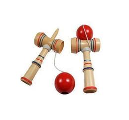 2019 японская игрушка с мячом Бесплатная доставка Смешные японские традиционные деревянные игрушки игры Kendama Ball Education Gift New дешево японская игрушка с мячом