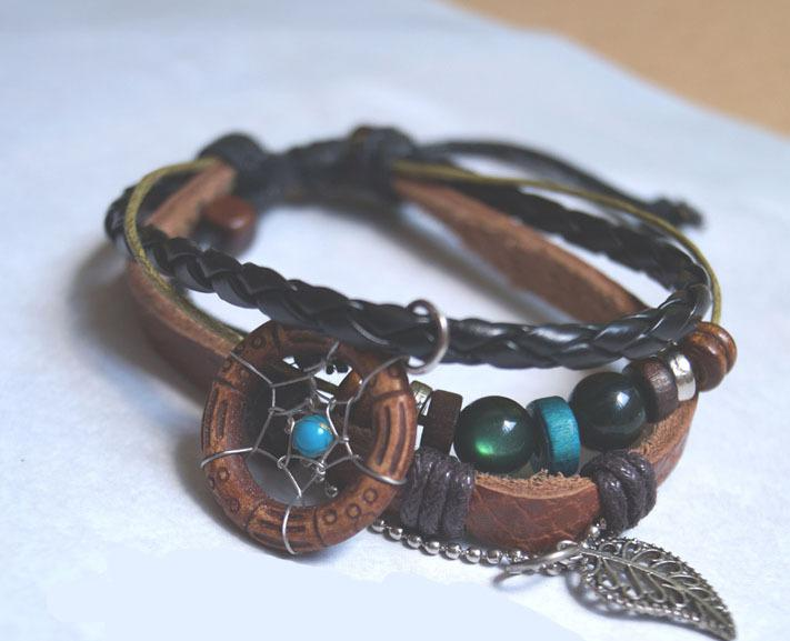 New Arrival Handmade Indian Dream Catcher Bracelet With Wooden Beads Pu Leather Women Jewelry Metal Leaf Charm Retail