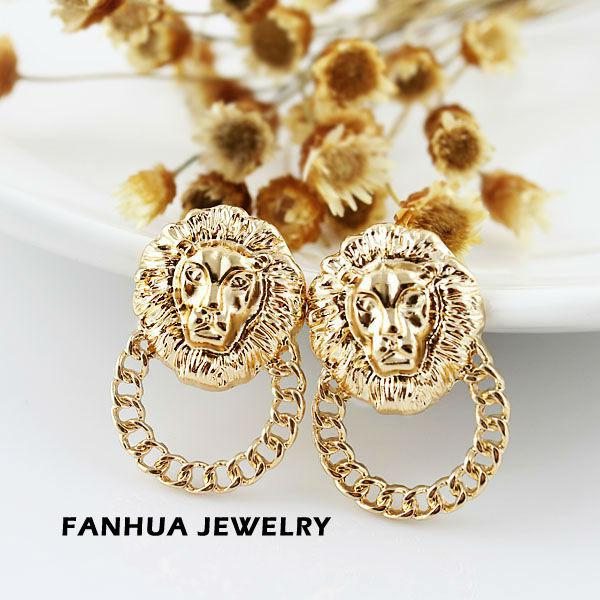 New coming bijoux women novelty items gold filled fashionable alloy small lion head stud earrings for women