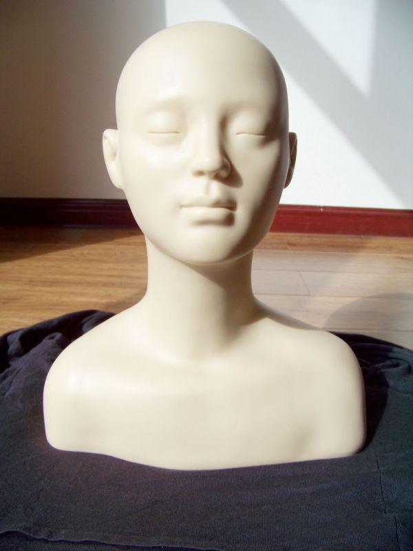 Soft Rubber Massage Mannequin Heads Make Up Practice Training Mannequin Head Shoulder Bone Bust Closed Eyes Dummy