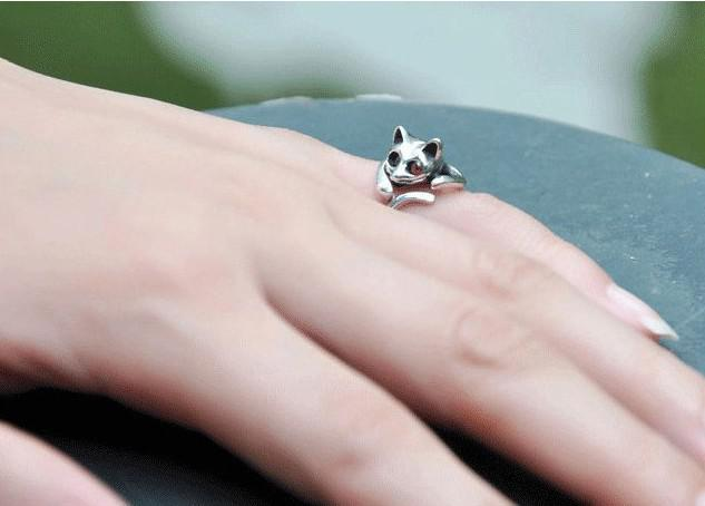 2014 Hot Sale Adjustable Cat Ring Animal Fashion Ring With Rhinestone Eyes djustable and Resizeable