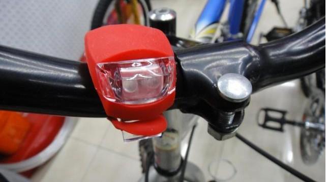 GEL Silicone Vélo Lumières 2LED Vélo Vélo Vélo Lumière En Caoutchouc Queue Lumière Avant Arrière Flash Avertissement Lampe Lampe Phare Silicone lumière