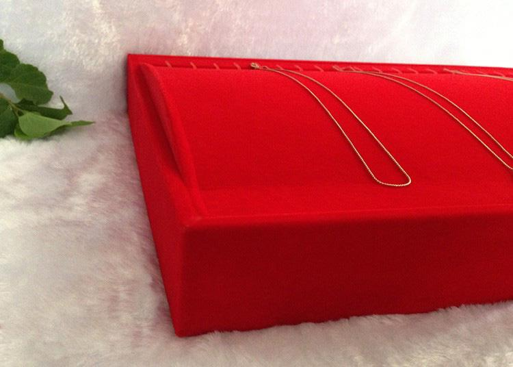 High Quality New Arrival Red Velvet Jewelry Display Bracelet Pendant Necklace Holder Display Tray Jewelry Box Showcase