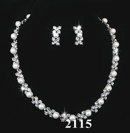 Wholesale Bridal Jewellery Sets Rhinestone - Bridal Pearl Crystal Necklace Earring Silver Jewelry Set Wedding Bride Bridesmaid Jewellery Set Bling Gift 1228