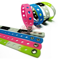 Wholesale Free Wristbands - Free Shipping 17PCS Mixed 17Colors 18Cm Silicone Wristbands Soft Bracelets Bands