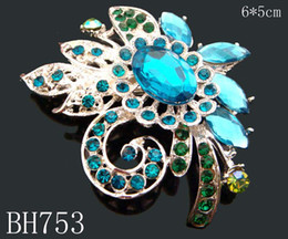 $enCountryForm.capitalKeyWord NZ - Hot Sale Women Silver plated Zinc alloy crystal rhinestone flower Brooches wedding jewelry Free shipping 12pcs lot Mixed colors BH753