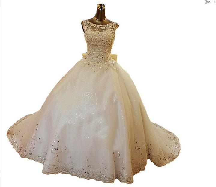 2019 New Bling Crystal Wedding Dresses Scoop Appliques Beads Backless Pearl Bows Ball Gown Court Train Lace Tulle Luxury Custom Bridal Gowns