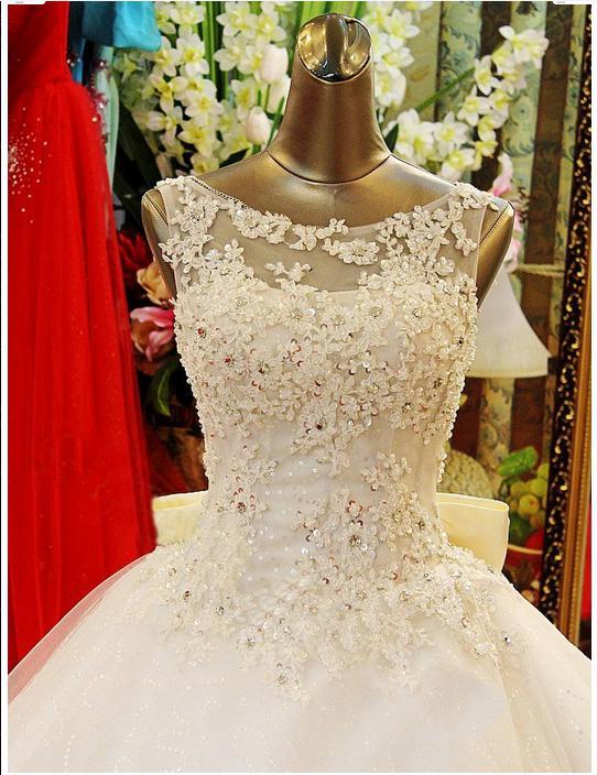 2019 Nouveau Bling Crystal Robes De Mariée Scoop Appliques Perles Perles Backless Bords Boule De Boule Train Train Dentelle Tulle Luxe Robes de mariée sur mesure