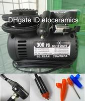 kompresör 12v otomatik toptan satış-Toptan 12 V 300 PSI Taşınabilir Oto Elektrikli Araba Pompası Hava Kompresörü Lastik Şişirme Aracı lots100