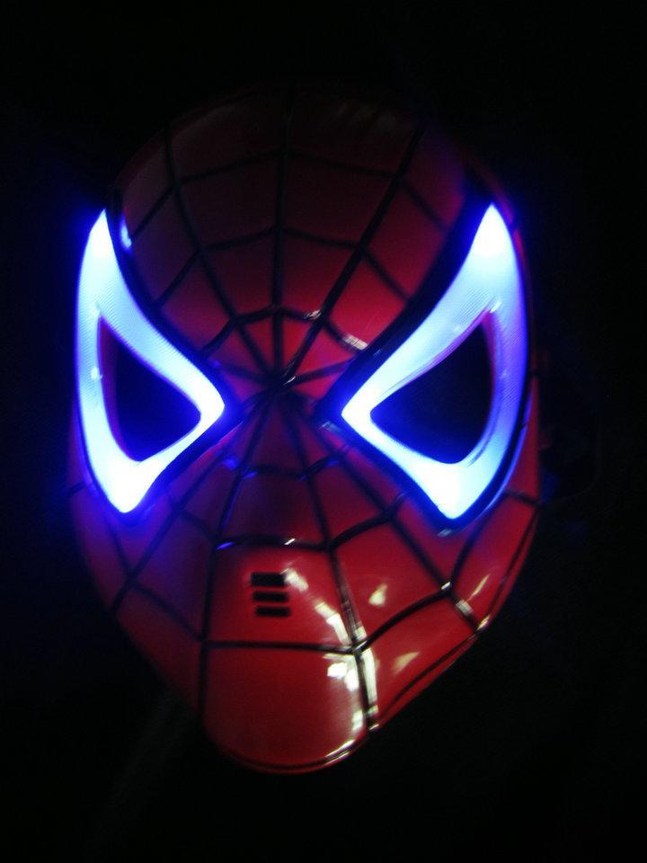 10 unids Halloween Hoilday Cosplay lámpara LED Spider man Máscara Niños Festival Iron Man Resplandeciente Máscara de la iluminación Mascarada Partido máscara roja Regalo del muchacho