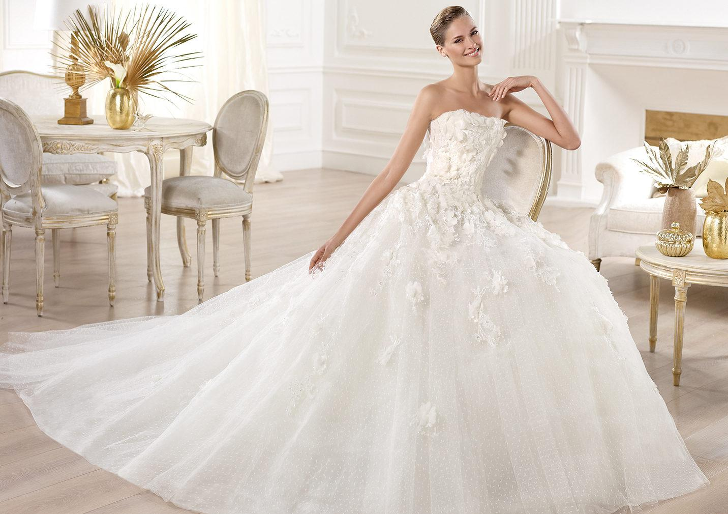 Elie saab wedding dresses lace