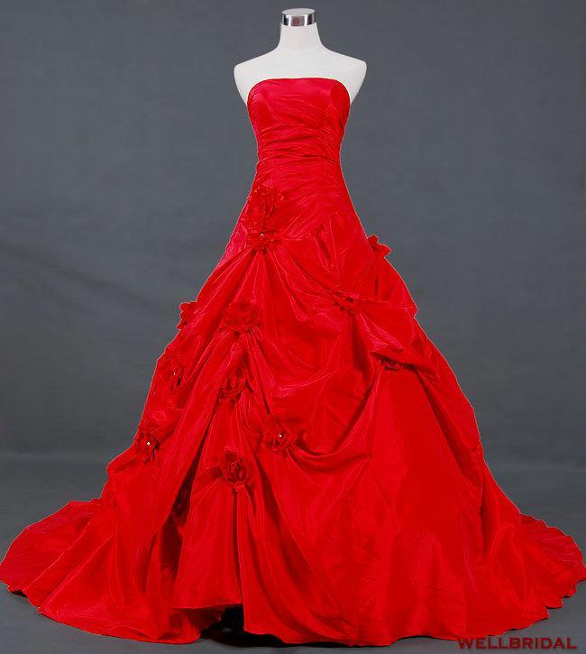 魅力的な貴族のラインストラップレスチャペル列車赤いタフタピックアップウェディングドレス手作りの花レースアップストラップレスウェディングガウンブライダル