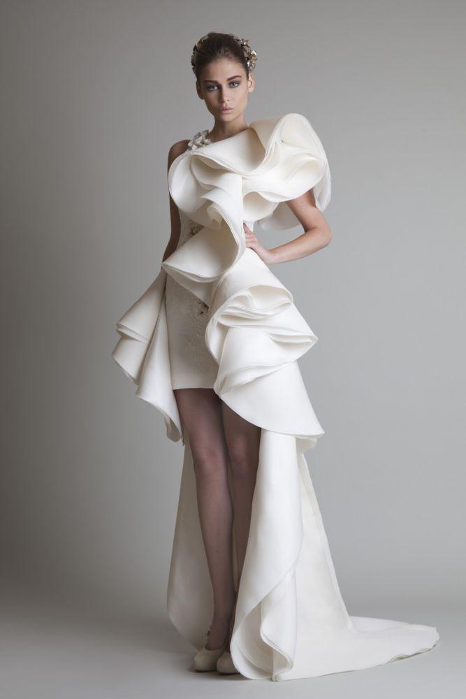 Unik design 2019 bröllopsklänningar med juvelapplikationer Ruffles mantel Hi-Lo Organza Ny anpassad vit Elfenben Krikor Jabotiska Brudklänningar