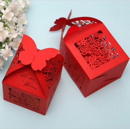 Boîtes À Bonbons Pour Papillons Pas Cher-11.5 * 6 * 6cm papillon Top Paper Cut Bonbonnière Creative Window Chocolate Biscuit Boxes Wedding Favors 50pcs / lot CK065