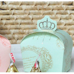Pink Gift Wrapping Paper Canada - 7*6*4cm Blue Pink Color Crown Top Paper Candy Box Wedding Gift Wrap Party Favors 100pcs lot CK075