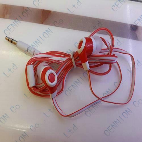 3,5 mm In-Ear hörlurar Noodle Line Headphone för MP3 MP4 Tablet PC Fabrikspris /
