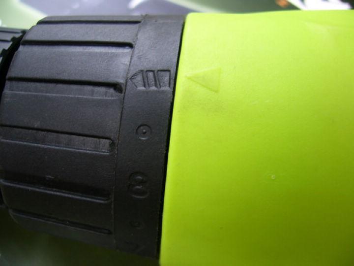 Sexleksaker Handhållen Typ Vänster och höger sida Revolve Automatisk Dildo Onani för kvinnlig hastighet: 0-2500 / minut