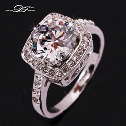Wholesale Cz Platinum - 2016 Exaggerated Big CZ Diamond Wedding Ring Wholesale 18K Platinum Plated Trinket Crystal Jewelry For Women Gift DFR071