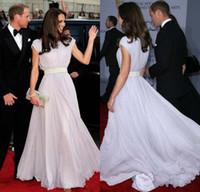 kate middleton uzun elbiseler toptan satış-Kate Middleton Bateau Kanat Cap Sleeve Gelinlik Modelleri Özel Made Abiye giyim Ünlü Uzun Örgün Elbiseler Akşam DL09921