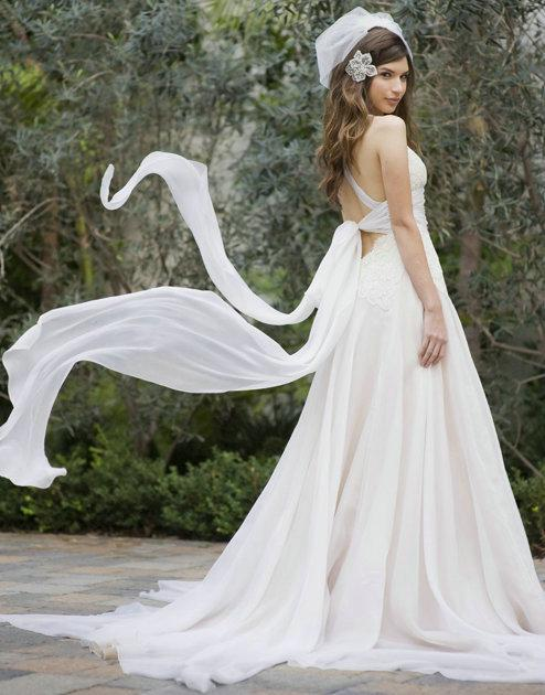 Discount cheap 2014 cross backless wedding dresses lace applique we can make any dress according to customer requirements or customer provide pictures 2013 customized cross backless a line wedding dress organza lace junglespirit Gallery