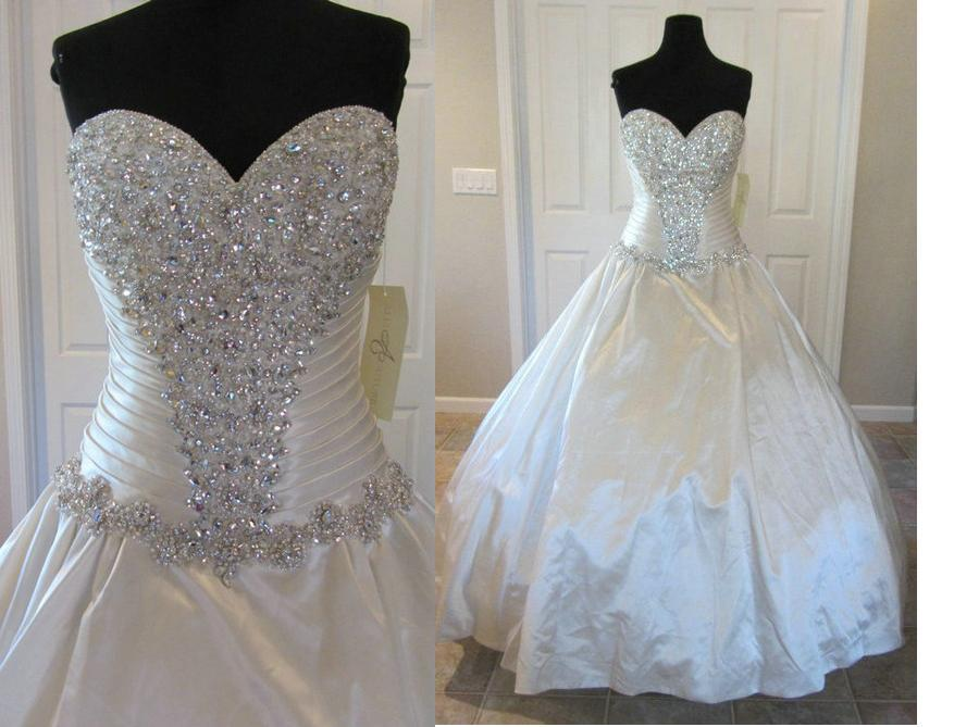 Bling Designers Wedding Dresses C240 Crystals Ball Gown Sweetheart Satin Dropped Waist Corset Chapel Length Bridal Red