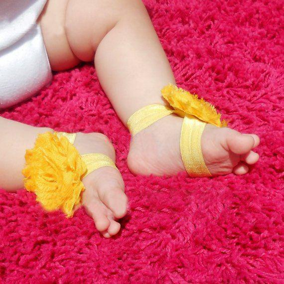 طفل جميل الحلي القدم! القدم الزهور زهرة الصنادل 2.5