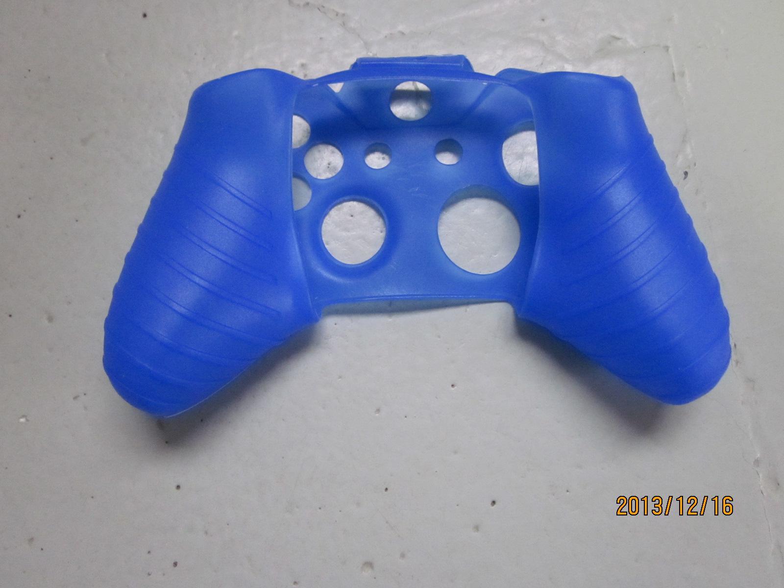 PlayStation 4 PS4、Xbox One、Controller / LOTのための無料DHLの新しいソフトシリコーン保護スリーブケースの肌カバー