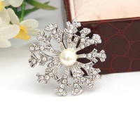 Wholesale Wholesale Quality Crystal Dresses - Pearl Crystal Snowflake Brooch Silver Jewelry Wedding Accessories Ladies Brooches Pins Dress Accessories Good Quality C1177