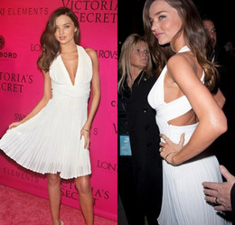 Wholesale Miranda Kerr Pink Chiffon Dress - Miranda Kerr A line Haltel V neck Pleated Short Mini Chiffon New Model Celebrity Red Carpet Cocktail Party Dress DL1310146