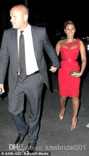 المشاهير فساتين السجادة الحمراء واحد الكتف غمد طول الركبة مثير الرباط الأحمر فساتين السهرة الرسمية الحفلة الراقصة