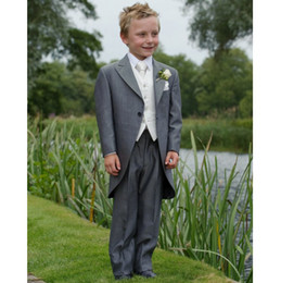 $enCountryForm.capitalKeyWord Canada - Free shipping Fashion suits Kid's Complete Designer Boys' Formal Occasion (Jacket+Pants+Vest+Tie)