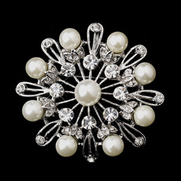 Round Flower Brooches Canada - White Gold Tone 2 Inch Clear Rhinestones Crystal and Ivory Pearl Round Flower Bridal Brooches Pin