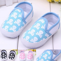 Wholesale Skull Baby Shoes Canvas - 2014 Canvas Baby Boys Girls Skull Pattern 3 Color Shoes Toddler Shoes Soft Soled Shoes Baby Walking Antiskid Shoes B2649