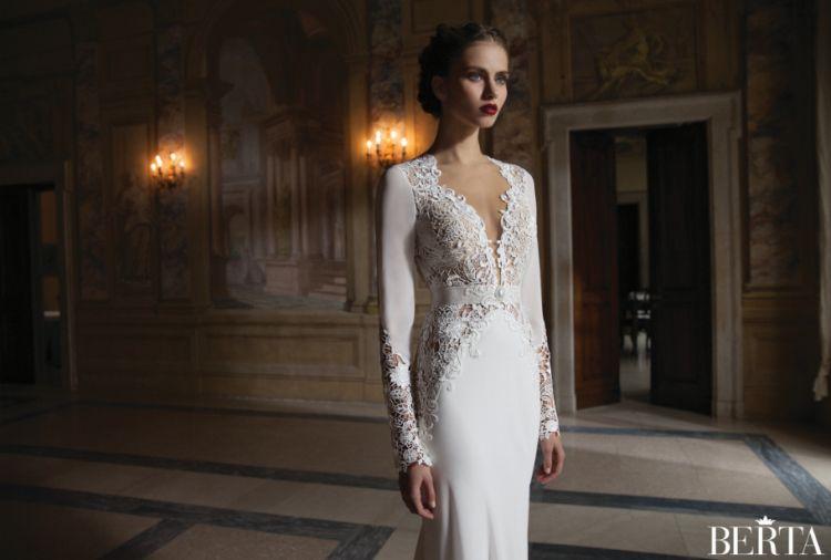 Berta Bridal Modern 2014ウェディングドレスセクシーなディープVネック背中の薄い長袖マーメイドチャペル列車のドレス中空レースブライダルガウン新着