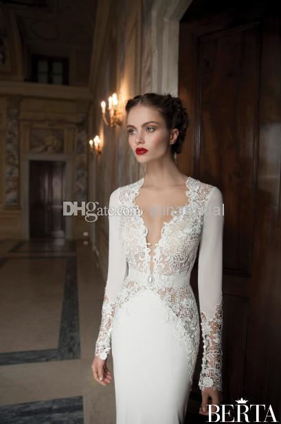 Berta Bridal Modern 2014 Bröllopsklänningar Sexig Deep V Neck Backless Sheer Långärmad Sleeve Mermaid Chapel Train Dress Hollow Lace Bridal Gowns Ny