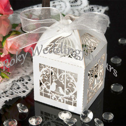 Wholesale Wedding Love Favors Candy - Free Shipping!100pcs lot!Mix Colors Romantic Love Birds with Heart Style Laser Cut Boxes Wedding Favors Party Favors