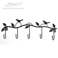 siyah kuş duvar toptan satış-Siyah Kuş Rustik Ülke El Yapımı Dökme Demir Ceket Şapka Kanca Duvar Askı Dekoratif Raf 5 Hooks ile