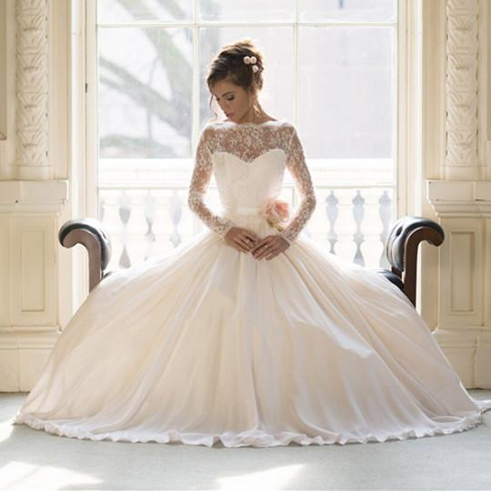 73a553f2462 Discount 2014 Amazing Naomi Neoh Lace Long Sleeve Wedding Gown Dresses A  Line Bateau Ivory Lace Appliques Flowers Beach Pleated Bridal Dress Wedding  Dresses ...