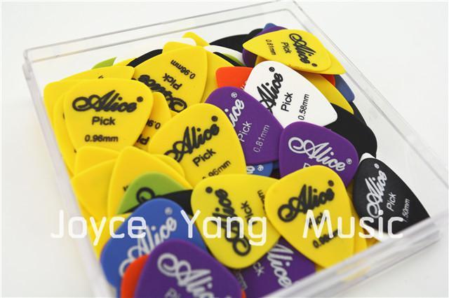 Massor av Alice AP-100F Sandblast Matte Nylon Akustiska elektriska gitarrvalar med originalpaket Standardplectrums