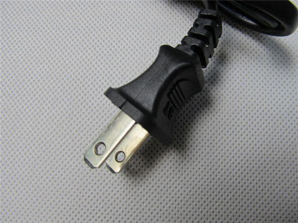 18650リチウムリチウムイオン電池18650リチウムイオン電池外部スマートチャージャーシングルユニバーサル充電式充電器3.7V VMAX Zmax KTS DHL